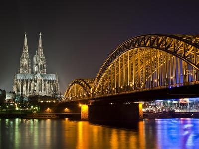 Bridge-River-Cathedral-Night-Light-Germany-1920x2560.jpeg